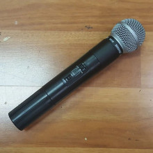 Wireless microphone- shure