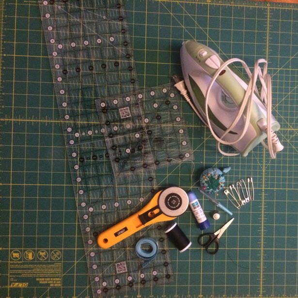 Basic sewing kit - sewing essentials for the beginner