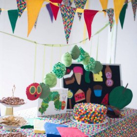 Hungry Caterpillar - Party decorations and setup