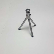 Mini travel sized desk tripod