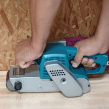 Makita- belt sander