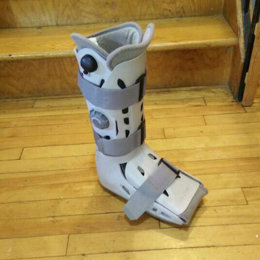 large Aircast Airselect Elite walking brace boot