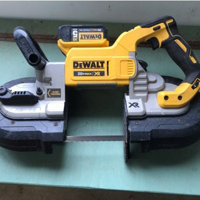 dewalt 20v max cordless band saw