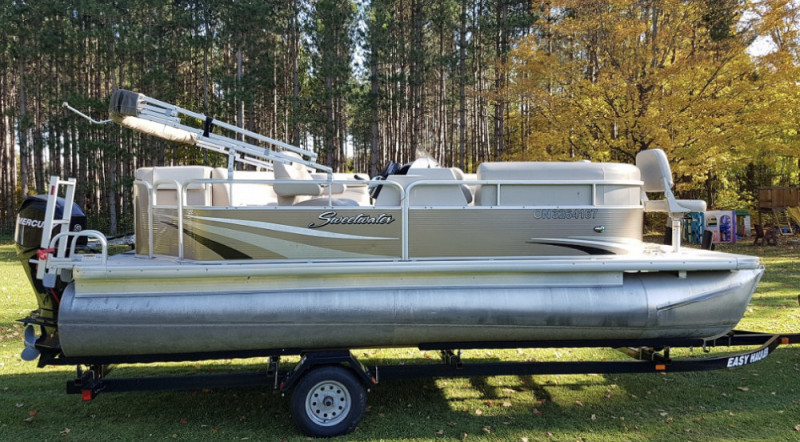 20ft Sweetwater Pontoon