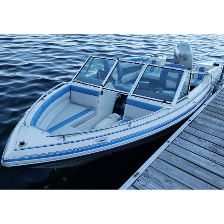 17 ft Thundercraft bow rider