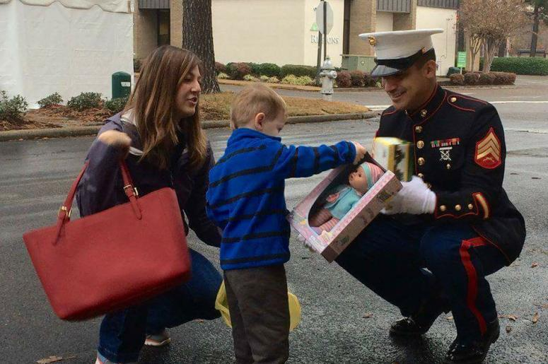Fill A Truck 2017 Toys For Tots : Toy truck drive for toys tots mid south happening now