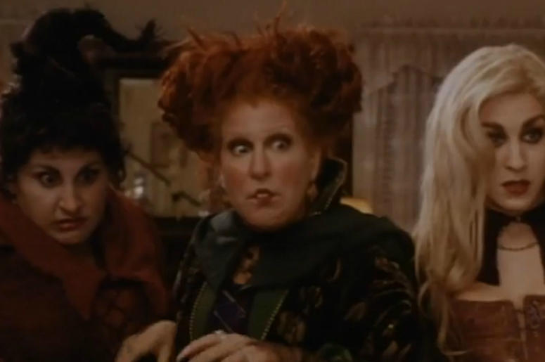 ""\""""Hocus Pocus"""" is one of the many Halloween classics you can watch for nearly free this coming Halloween. Vpc Halloween Specials Desk Thumb""775|515|?|en|2|7f66748fb15521174bbfde1b3b3e508f|False|UNSURE|0.32210972905158997