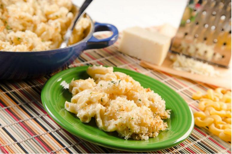 Recipe white cheddar macaroni and cheese perfect for national recipe white cheddar macaroni and cheese perfect for national pasta day forumfinder Images