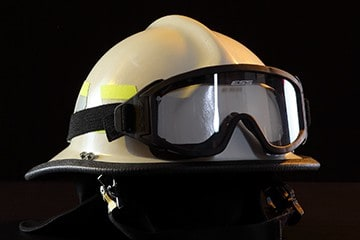911 Modern Helmet with Goggles