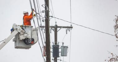 Work On Power Lines