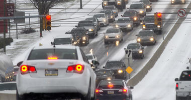 Snow Could Make Thanksgiving Travel Difficult But Gas Prices Lower