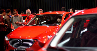 Citizens experience the Mazda cars at the auto show