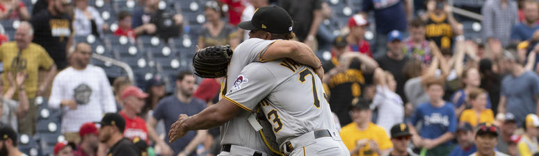 Martin Hits RBI Double In 9th, Pirates Stop Nationals 4-3