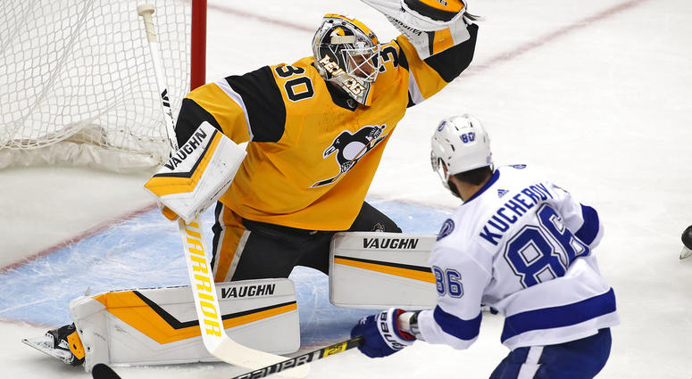 Lightning beat Penguins 4-3