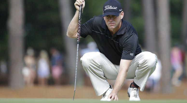 Chris Thompson lines up a putts on the 12th hole during the second round of the U.S. Open golf tournament in Pinehurst, N.C