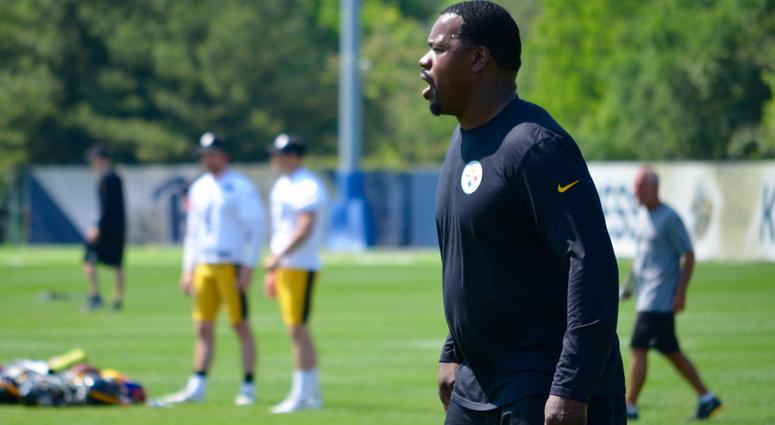 Steelers OLB Coach Joey Porter during the team's OTA session in May 2018