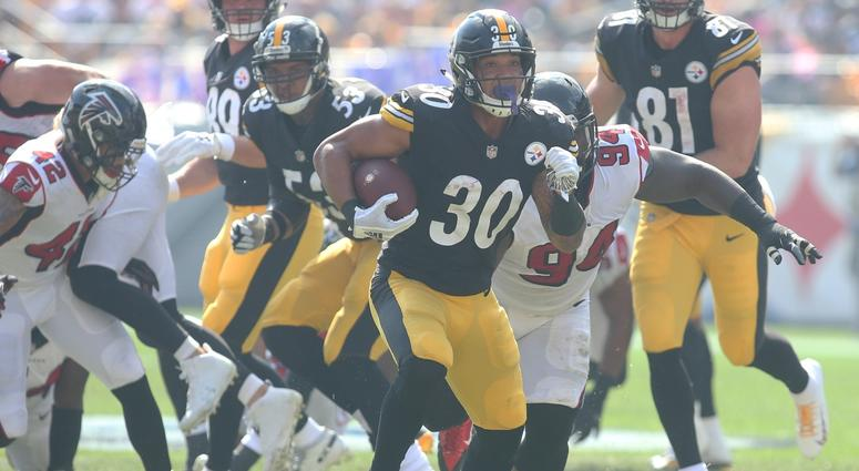 2ff2e15382e James Conner leads Steelers to win