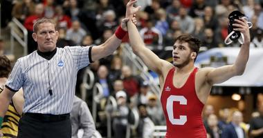 NCAA Wrestling Finals Set As Seniors Shine In Semifinals