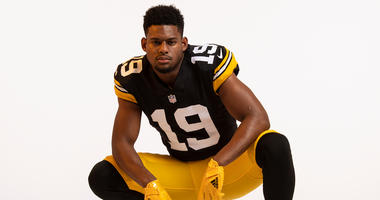 Photos Steelers Unveil Throwback Jersey For 2018 Season