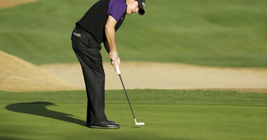 Phil Mickelson watches his putt on the 10th hole during the second round of the Desert Classic golf tournament on the Nicklaus Tournament Course at PGA West