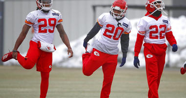 Kansas City Chiefs defensive back Eric Berry (29), cornerback Steven Nelson (20) and defensive back Orlando Scandrick (22) stretch during workouts Friday, Jan. 18, 2019, in Kansas City