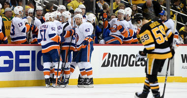 New York Islanders and Pittsburgh Penguins in Game 3 of the first round of the Stanley Cup Playoffs