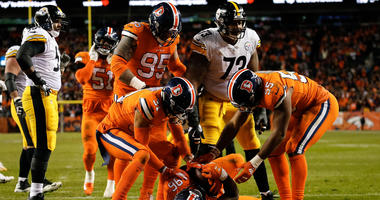 Ramon Foster and Broncos