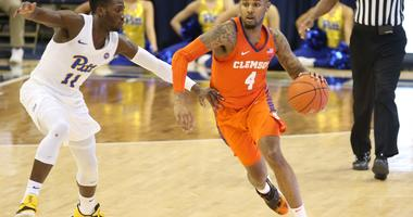 Clemson Starts Hot, Holds Off Pittsburgh 62-48