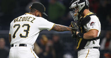 Pirates Extend Winning Streak To Four With 4-1 Win Over Giants