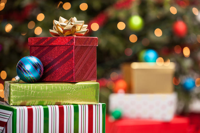 who should you buy christmas gifts for