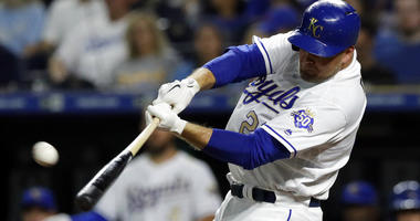 Duda drives in 3, Royals hold on to beat Twins 6-5