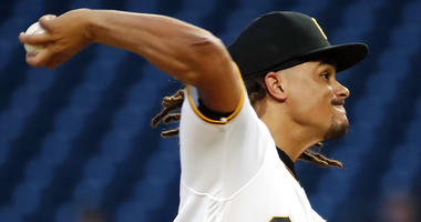 Archer shines as Pirates top Royals 2-1 for 3-game sweep