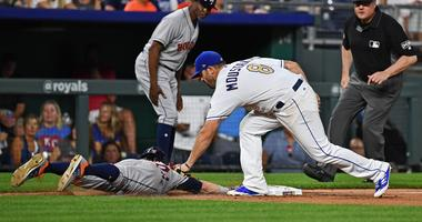 Gattis' slam sends Astros past KC 7-3 for 9th straight win