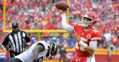 Chiefs get pick-6, march all over Jags in soggy 30-14 romp