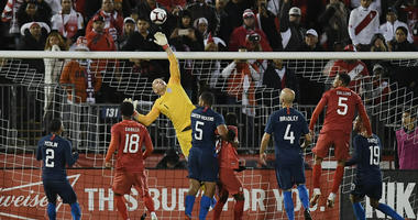 Sargent scores, US gives up late goal in 1-1 tie with Peru