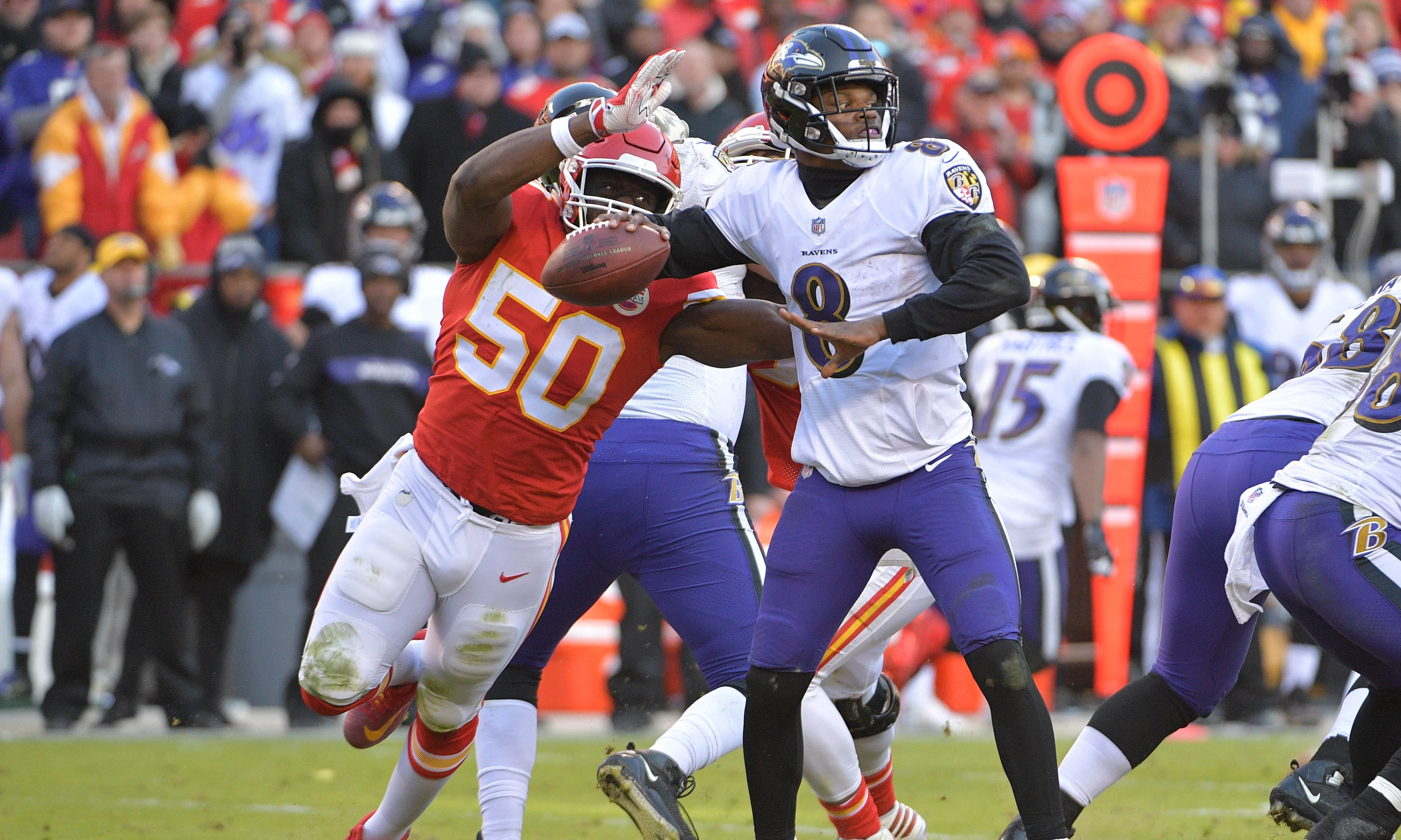 Chiefs clinch playoff spot with thrilling OT win over Ravens  afd1712ca