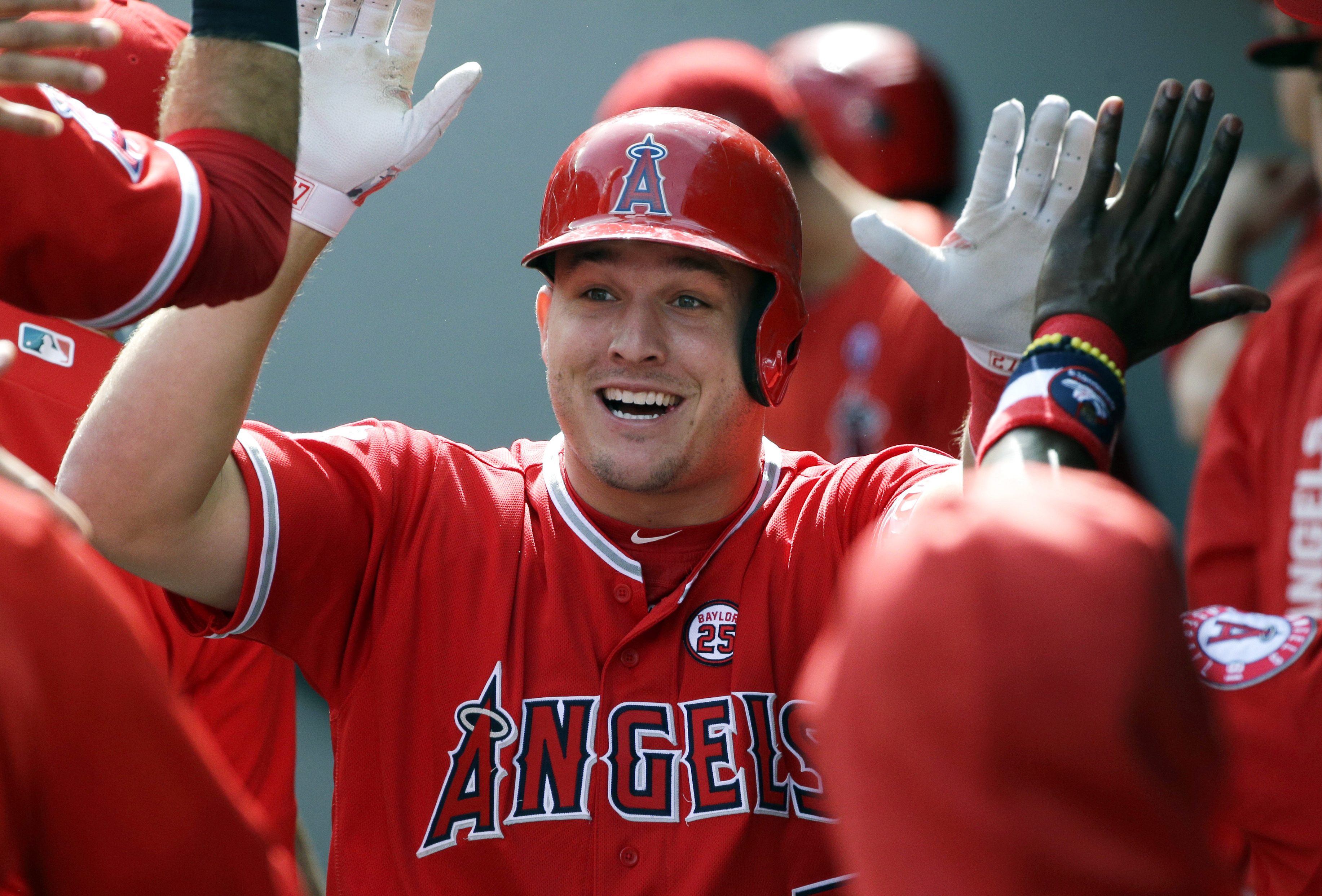 Cardinals players react to reports of Mike Trout's 12-year, $432 million deal