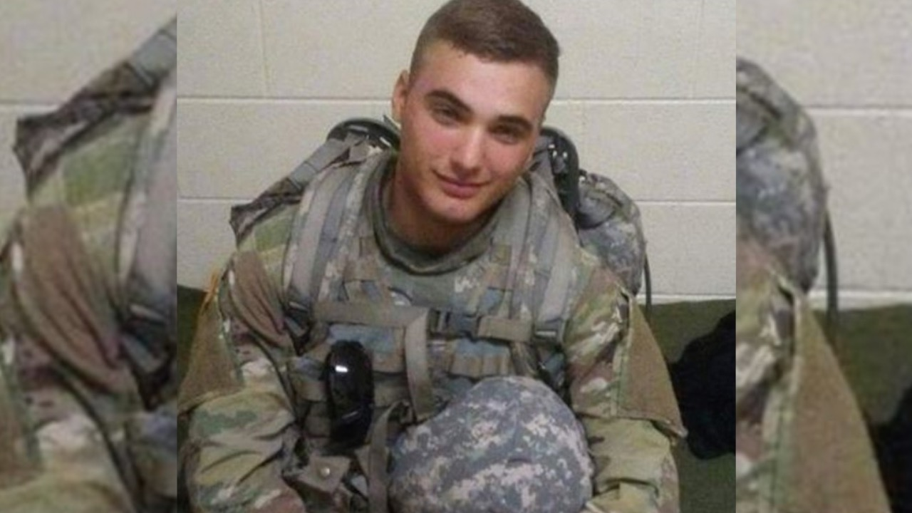 Flags at half-staff in Missouri to honor 20-year-old solider who died in Kuwait