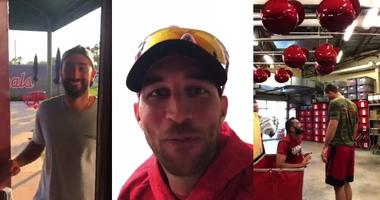 St. Louis Cardinals players Matt Carpenter and Adam Wainwright compete in scare games.