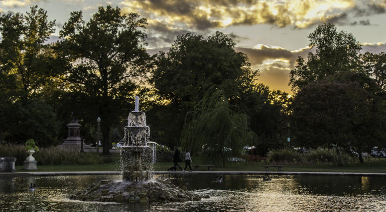 Tower Grove Park Fountain Pond & Ruins. Photo by Kari R. Frey, Freytography