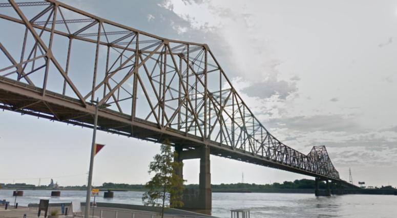MLK Bridge connecting the north St. Louis river front to Illinois.
