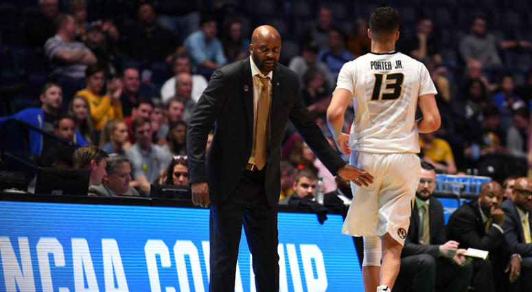 Missouri Tigers forward Michael Porter Jr. (13) comes out of the game