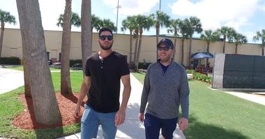 Cardinals pitcher Daniel Ponce de Leon does a walk and talk with KMOX's Chris Hrabe.