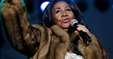 """August 5, 2014; West Allis, WI, USA; Aretha Franklin, the \""""Queen of Soul,\"""" performs at the Wisconsin State Fair."""