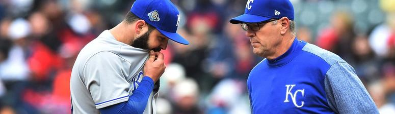 Royals lose to Indians, 6-2