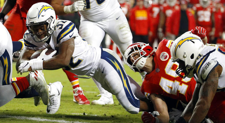 Chargers make last-second comeback win 29 - 28 over Chiefs