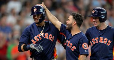 Gurriel hits grand slam, Astros rout Royals 11-3