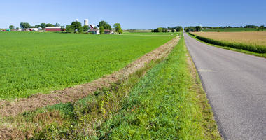 Banker survey: Farmland prices expected to drop in ten states