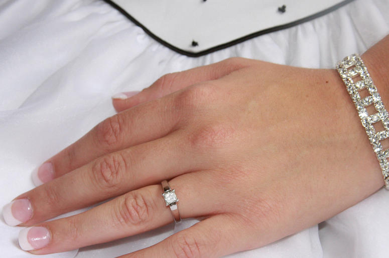 piercing for dewedding people featured are com ring ditching finger wedding piercings rings