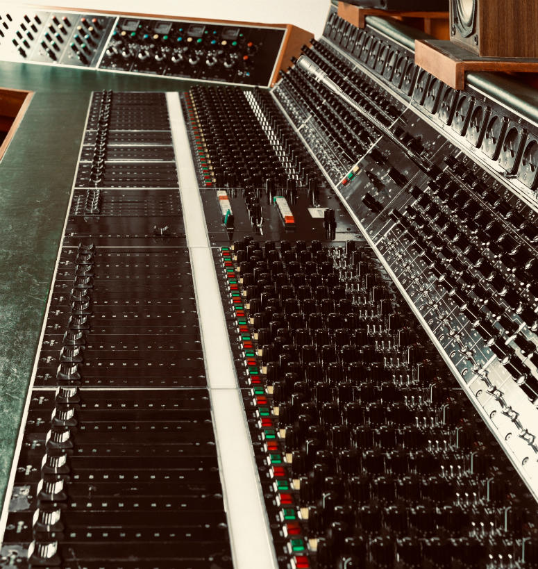 """Helios recording desk used to record Led Zeppelin's """"Stairway to Heaven"""""""